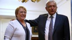 AMLO llega a Chile, se reúne con Michelle