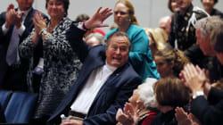 Bush padre echa mano del humor para decirle 'no' a