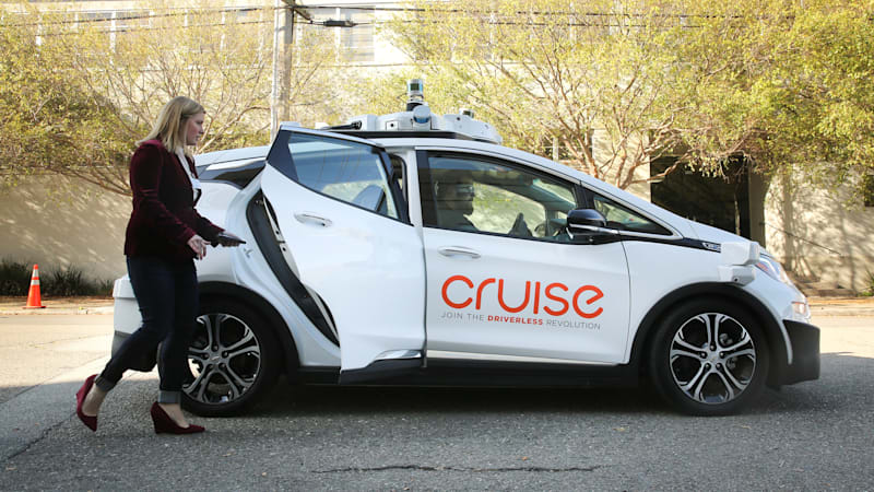 GM Cruise won't meet its goal of commercial self-driving taxis this year