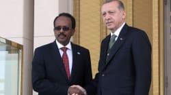 Aide matérielle, soins... pourquoi la Turquie est si présente après l'attentat de