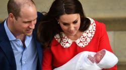Le prime foto del terzo royal baby: un batuffolo bianco tra le braccia della mamma