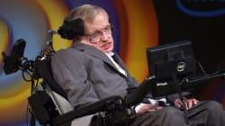 Découvrez de touchantes citations de Stephen Hawking sur l'univers, la mort, l'amour, et encore