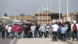 Il sistema di accoglienza italiano, la vita di migliaia di persone affidata al