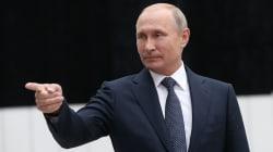 Putin prima snobba e poi apre alle avances di