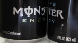 5 femmes poursuivent Monster Energy pour sa culture de travail