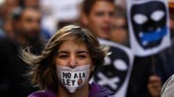 Tres años de Ley Mordaza: así se está dañando la libertad de información, expresión y reunión