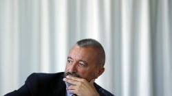 Pérez-Reverte carga contra el Gobierno por no desmontar la