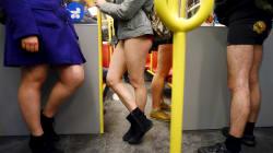 Sans pantalon dans le métro de Montréal