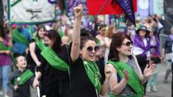 Borrar el sexismo de la Constitución: la próxima batalla de las mujeres en