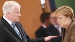 Sui migranti scontro senza precedenti in Germania: il ministro dell'Interno minaccia la rottura con Merkel (di C.