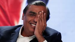 Here's The Whopping Amount That Mukesh Ambani Makes Every