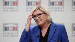 La définition de Twitter par Marine Le Pen ne pourra pas rentrer dans le