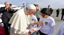 Le pape condamne le recours à la violence au