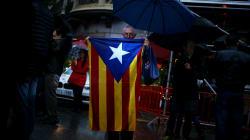 カタルーニャ、スペインからの独立宣言を事実上撤回 政府には交渉を要求