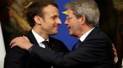 Macron e il suo doppio. Sui migranti solidale a Roma, severo a