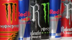 Le gouvernement britannique veut interdire les boissons énergisantes aux