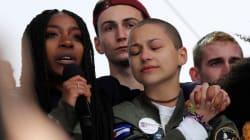 La voce di Emma Gonzalez che scandisce i nomi dei compagni uccisi tiene tutti in silenzio per 6