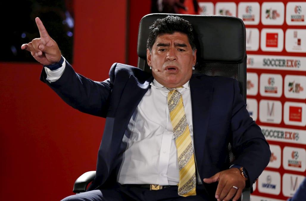 """Soccer legend Maradona mourns """"second father"""" Castro - AOL ..."""