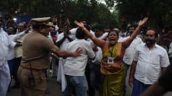 Chennai Shuts Down As Jayalalithaa Remains