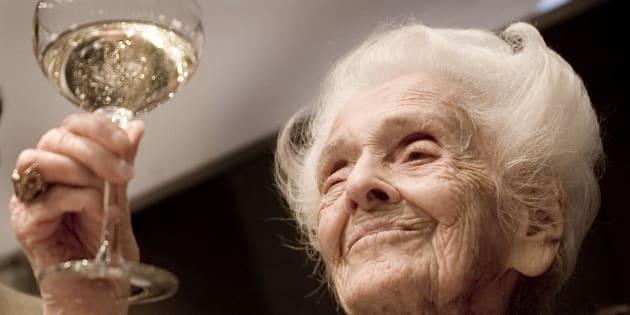 Rita Levi Montalcini durante i festeggiamenti per il suo centesimo compleanno