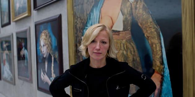 A artista americana Cindy Sherman é uma das mulheres por trás do documento.