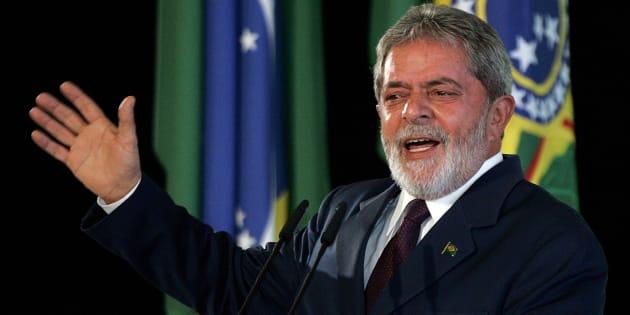 O então presidente Lula faz discurso no Palácio do Planalto em maio de 2008.