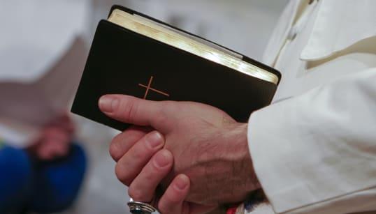 """""""Perdón"""", le dice la Iglesia católica alemana a las 3 mil 677 víctimas de"""