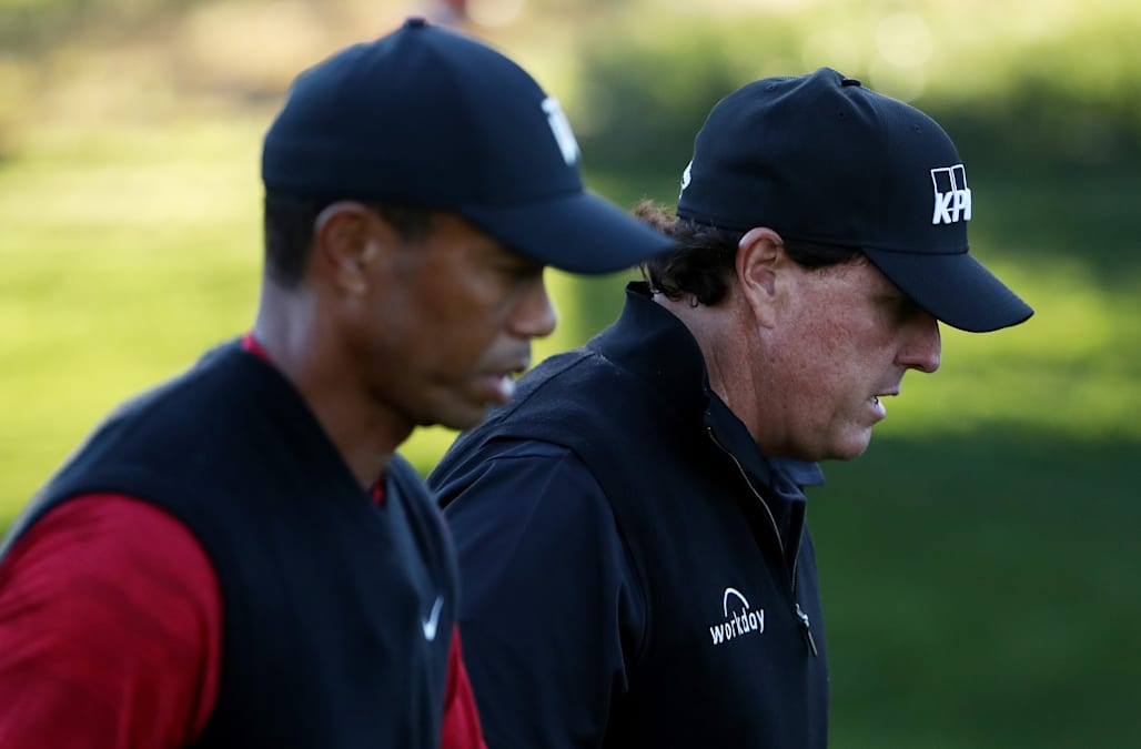 Tiger Woods, Phil Mickelson set dubious mark at Open Championship