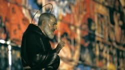 2 negozianti truffano l'Enel usando una statuetta di Padre