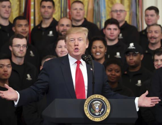 Trump attacks 'total bulls***' Mueller report