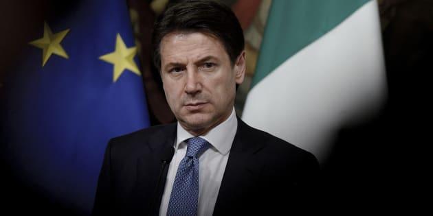 Conte anticipa l'Istat: