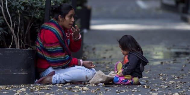 En México hay miles de personas encarceladas por haber robado un poco de comida en alguna tienda, un mercado, un restaurante o en una plaza comercial.