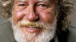 L'auteur-compositeur-interprète et peintre Tex Lecor est