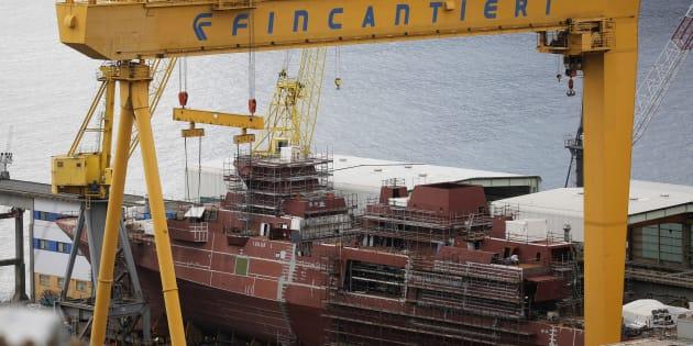 Hollande douche les espoirs d'une prise de contrôle française du chantier de Saint Nazaire