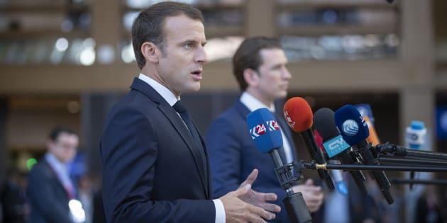 """""""Après avoir été sa force, la com' de Macron est en train de devenir son maillon faible"""""""