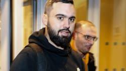Arrestato Eric Drouet, leader dei gilet gialli, per protesta non autorizzata a