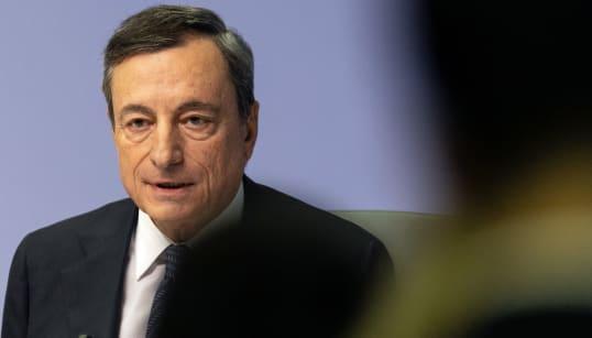 Draghi rispolvera il bazooka: