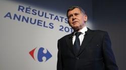 Face à la polémique, l'ancien patron de Carrefour renonce à une partie de son