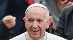 Le pape n'a pas refusé de s'excuser, disent des
