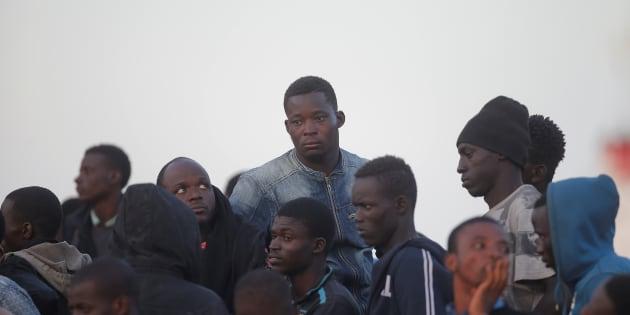 Controlli alle stazioni, Frontex polizia di frontiera: la bo