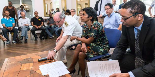 Nouvelle interruption des négociations en Guyane, après une proposition de la ministre Ericka Bareigts