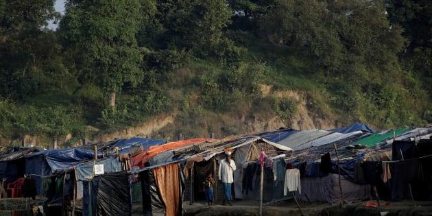 Un camp de réfugiés rohingyas à la frontière entre le Myanmar et le Bangladesh.