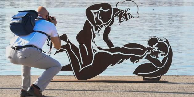 Ces sculptures représentant des scènes de sexes créent la polémique en Espagne.