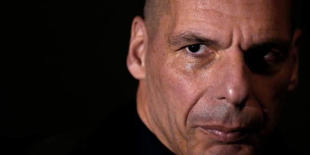 """La Troika lascia Atene. Yanis Varoufakis cita Tacito: """""""