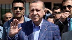Turkey's Erdogan Declares Referendum Victory, Opponents Plan