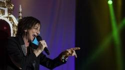 Gianna Nannini ferma il concerto per pioggia, ma non rimborsa i fan. Scoppia la