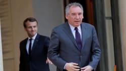 Bayrou accuse Macron d'avoir (aussi) trahi sa parole sur le non-cumul des