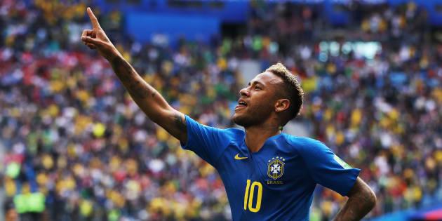Neymar a inscrit le deuxième but de son équipe dans la victoire.