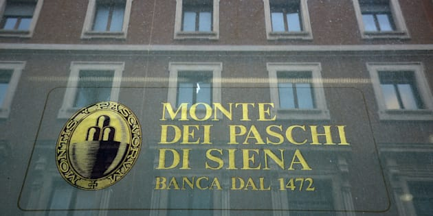The logo of the Monte dei Paschi di Siena bank is seen on the window of a branch in downtown Rome on February 09, 2017. Banca Monte dei Paschi di Siena S.p.A. (BMPS) is the oldest surviving bank in the world and the third largest Italian commercial and retail bank by total assets. Founded in 1472 by the magistrates of the city state of Siena, as a 'mount of piety', it has been operating ever since. In 1995 the bank, then known as Monte dei Paschi di Siena, was transformed from a statutory corporation to a limited company called Banca Monte dei Paschi di Siena (Banca MPS). Since the end of 2016, the bank is struggling to avoid a collapse. / AFP / FILIPPO MONTEFORTE        (Photo credit should read FILIPPO MONTEFORTE/AFP/Getty Images)