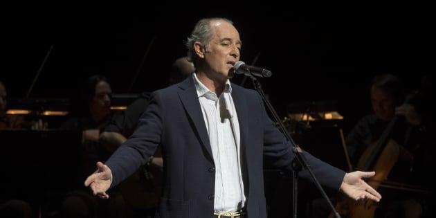 El cantante Jose Manuel Soto en un concierto por su 30 aniversario en la música.